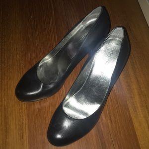 Women's Marc Fisher heels
